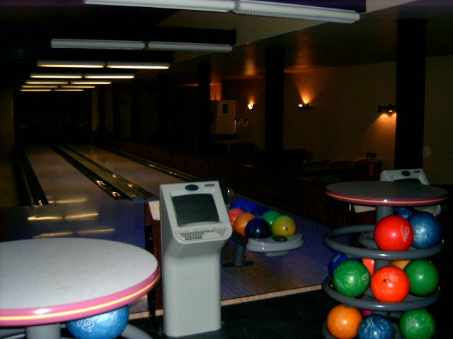 Essu bowling